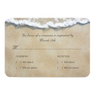 Carte Écrit dans le mariage de plage de sable RSVP