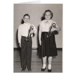 Carte Enfants avec des trompettes
