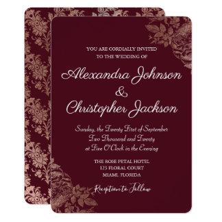 Carte Épouser floral de roses de Bourgogne et de feuille