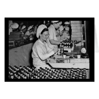 Carte Femmes travaillant dans le 2ÈME GUERRE MONDIALE