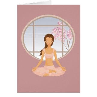 Carte fille de yoga
