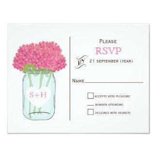 Carte Fleurs roses dans le pot de maçon épousant RSVP