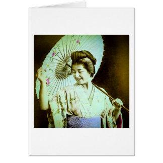Carte Geisha japonais vintage posant le parasol préféré