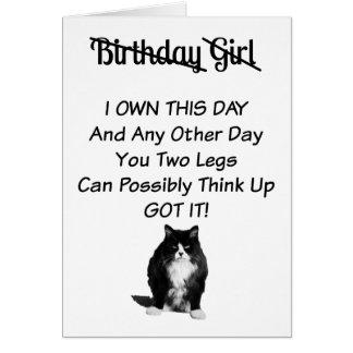 Carte grincheuse de fille d'anniversaire de chat