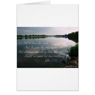 Carte Image de lac avec l'écriture sainte de 3h16 de