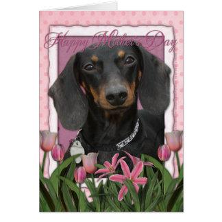 Carte Jour de mères - tulipes roses - teckel - Winston