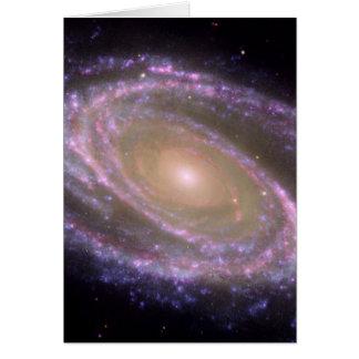 Carte La galaxie M81 est jolie dans le rose