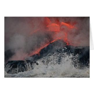 Carte La lave se renverse dans la mer