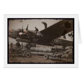Carte Lancaster étant chargé avec des bombes