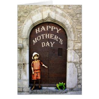 Carte Le jour de mère heureux, la petite fille et la