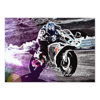 Carte motocross faisant du vélo de saleté emballant le