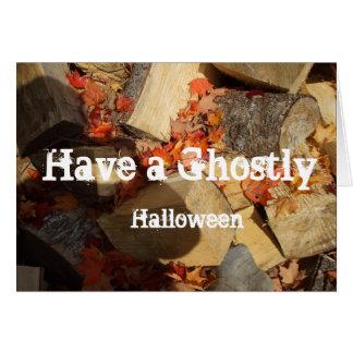 Carte Ombre fantomatique de Halloween sur le bois et le