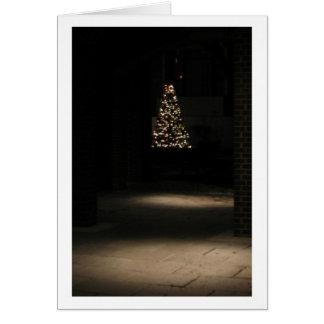 Carte Petit arbre de Noël avec des lumières