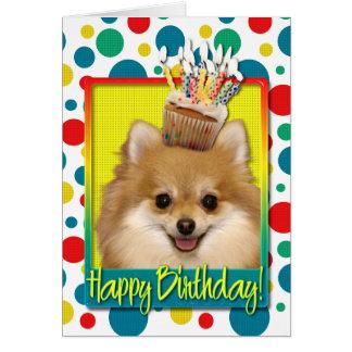 Carte Petit gâteau d'anniversaire - Pomeranian