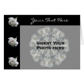 Carte photo floral de roses blancs
