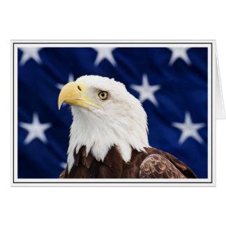 Carte Portrait d'un aigle chauve avec le drapeau