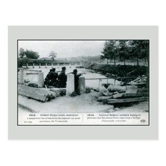 Carte Postale 1914 soldats belges dans la défense près de