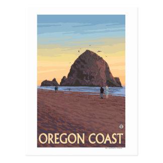 Carte Postale Affiche vintage de voyage de roche de meule de