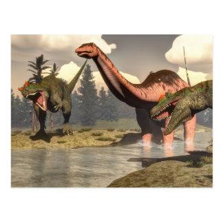 Carte Postale Allosaurus chassant le grand dinosaure de