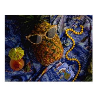 Carte Postale Ananas frais tropical drôle