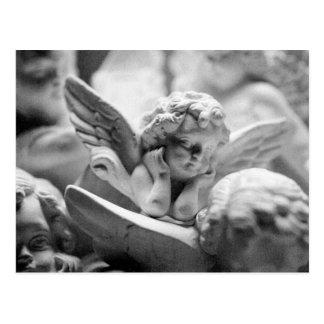 Carte Postale Anges observant au-dessus de moi