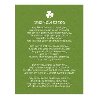 Carte Postale Bénédiction irlandaise verte de shamrock