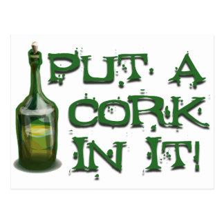 Carte Postale Buveur de vin - mettez un LIÈGE dans lui !