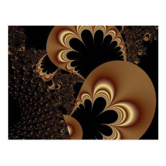 Carte Postale Cadeaux noirs d'art de fractale de pétale de fleur
