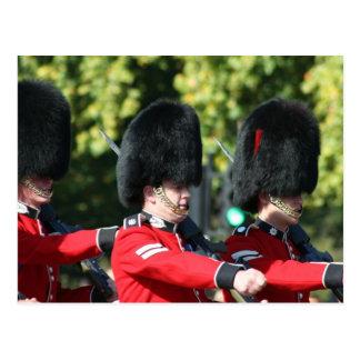 Carte Postale Changement du Buckingham Palace de gardes