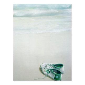 Carte Postale Chaussures de gymnase sur la plage