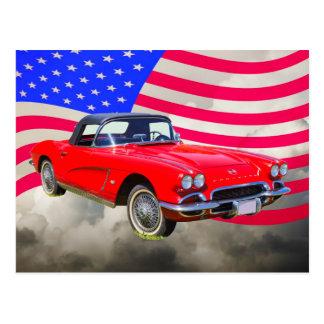 Carte Postale Chevrolet Corvette 1962 avec le drapeau des