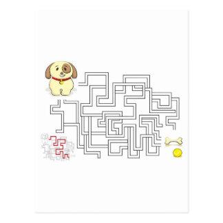 Carte Postale Chien et boule de jeu de labyrinthe