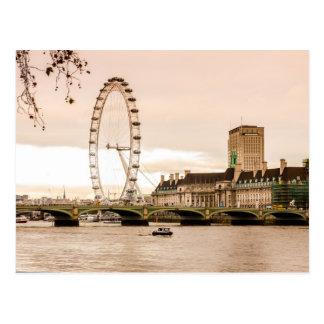 Carte Postale Coucher du soleil d'oeil de Londres
