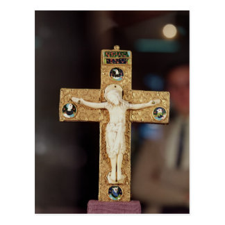 Carte Postale Crucifix de reliquaire, le Christ en ivoire sur la