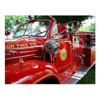 Carte postale de camion de pompiers….