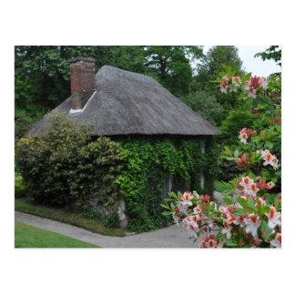 Carte postale de cottage de Lanhydrock