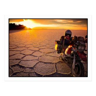 Carte postale de coucher du soleil de Salar