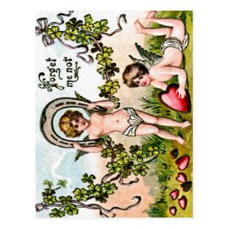 Carte postale de cupidons de bonne chance