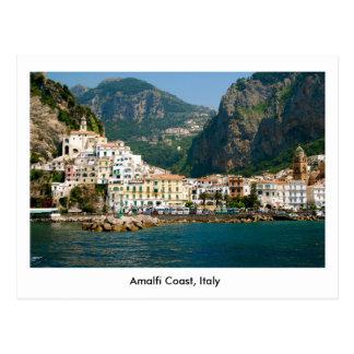 Carte postale de la côte d'Amalfi en Italie,