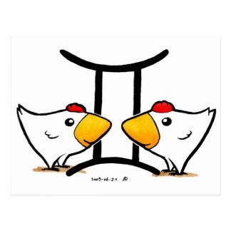 Carte postale de poulets de Gémeaux