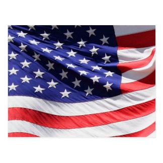 Carte Postale Drapeau américain dans le vent