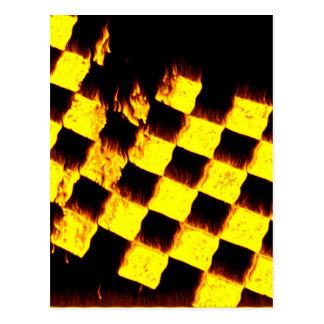 Carte Postale Drapeau Checkered sur le feu