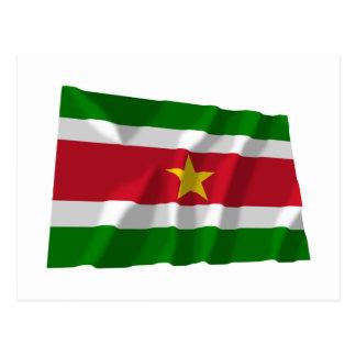 Carte Postale Drapeau de ondulation du Surinam