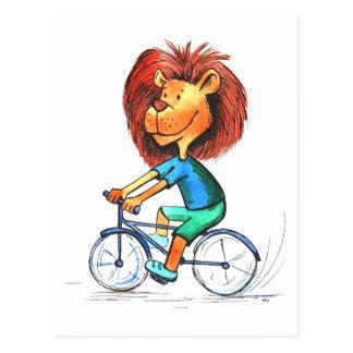 Carte postale drôle de cycliste de lion de