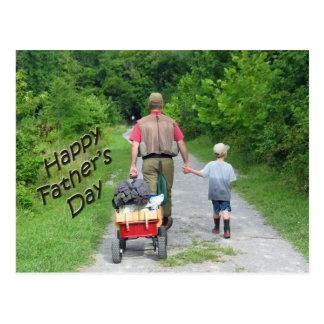 Carte Postale FathersDay heureux/papa et fils retournant de la