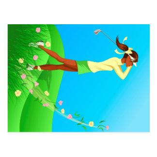 Carte postale femelle noire de ressort de golfeur