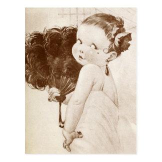 Carte Postale Femme Fatale avec la fan égyptienne de plume