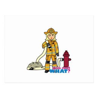 Carte Postale Fille de sapeur-pompier - blonde