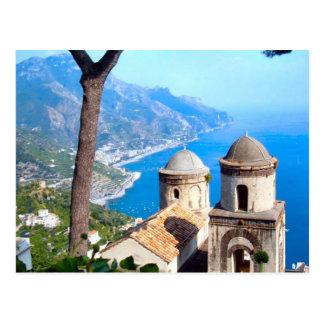 Carte Postale Flèches d'église sur la côte d'Amalfi