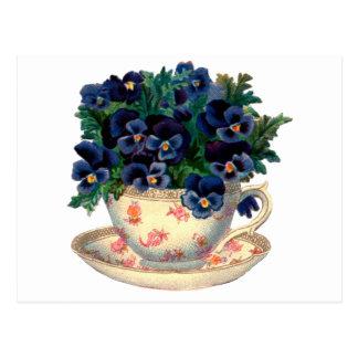 Carte Postale Fleurs dans un art de cru de tasse de thé